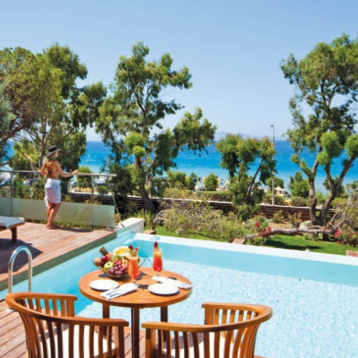 5* Amathus Elite Suites
